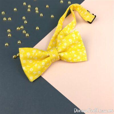 Галстук-бабочка двойная, Желтая-белые Цветы