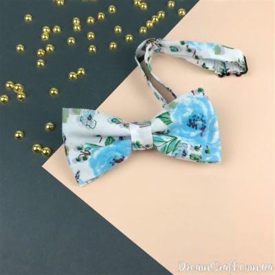 Галстук-бабочка двойная, Белый-голубые цветы