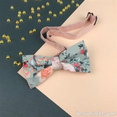Галстук-бабочка двойная,Серо-розовые цветы Микс