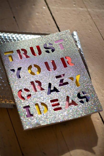 Зошит в лінійку А4 Crazy Ideas