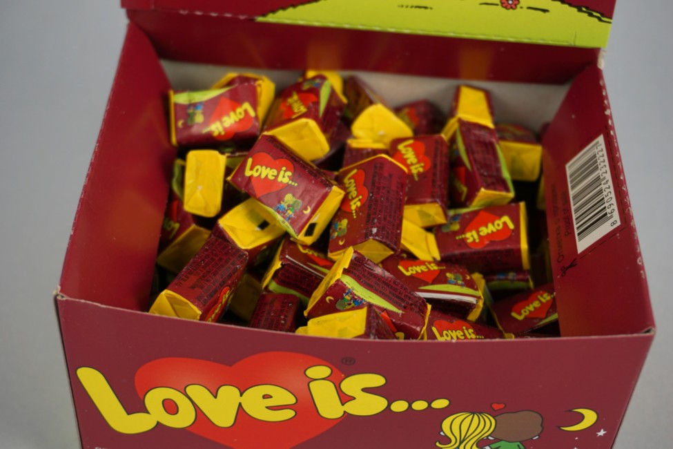 Жевательная резинка Love Is Вишня-Лимон
