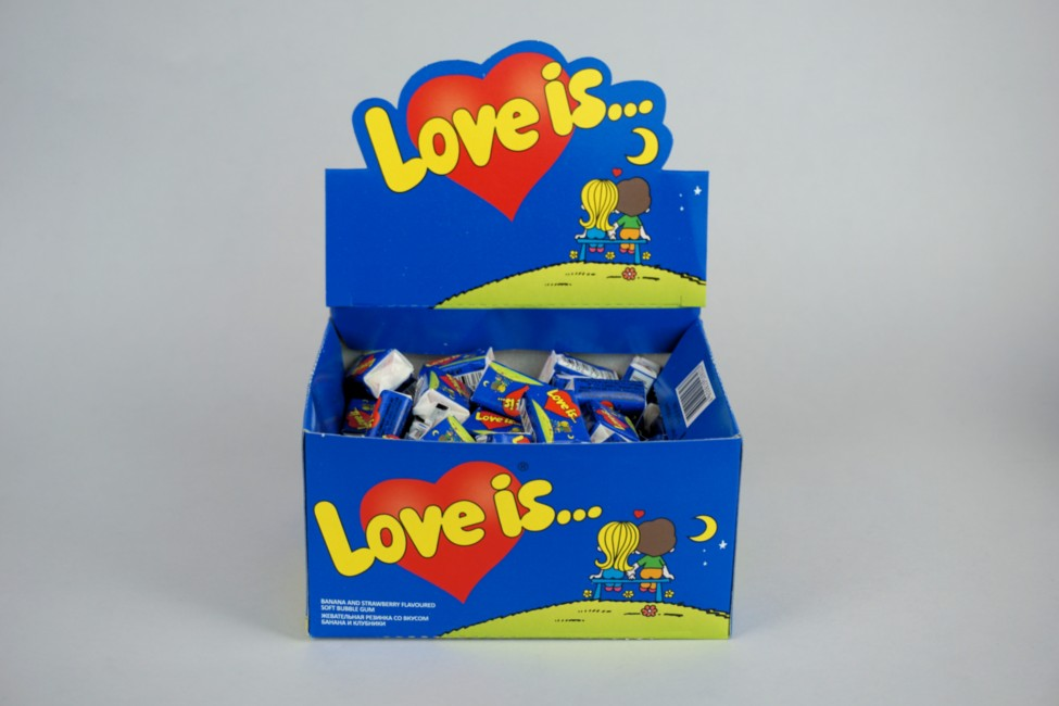 Жевательная резинка Love Is Банан-Клубника